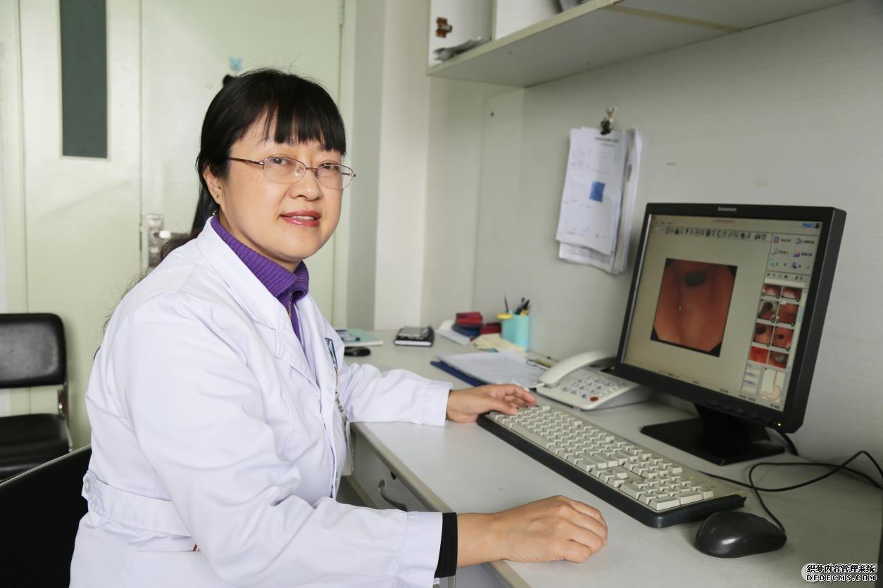 徐医附三院内镜下黏膜切除术治疗结、直肠息肉 防治早期结肠癌